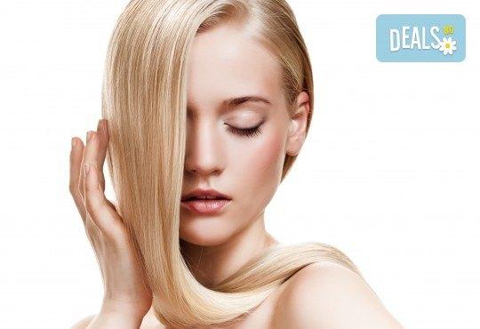 Обезцветяване на корени с професионален блондор, масажно измиване и подсушаване в салон за красота Суетна! - Снимка 2