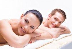 Дълбоко релаксираща ароматерапия за двама: антистрес масаж и пилинг на цяло тяло или гръб и парфюмна маска на яка, ръце и гръб в Wellness Center Ganesha! - Снимка