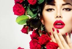 Маникюр с гел лак! Богат каталог цветове Gel.it и Pro Gel в Салон за красота Blush Beauty до Mall of Sofia - Снимка