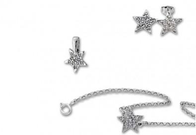 Комплект сребърна гривна, обеци и висулка с естествени бели цирконии Звезден миг от фирма Molvani! - Снимка
