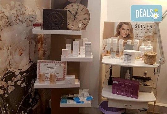 Комбинирано почистване на лице в 10 стъпки с професионална козметика Selvert и дрениращ масаж в салон за красота Chérie! - Снимка 7