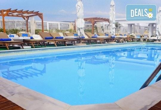 Отпразнувайте 8-ми март в хотел Capsis 4*, Солун! 1 нощувка със закуска, транспорт и екскурзовод - Снимка 11