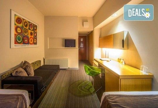 Отпразнувайте 8-ми март в хотел Capsis 4*, Солун! 1 нощувка със закуска, транспорт и екскурзовод - Снимка 9