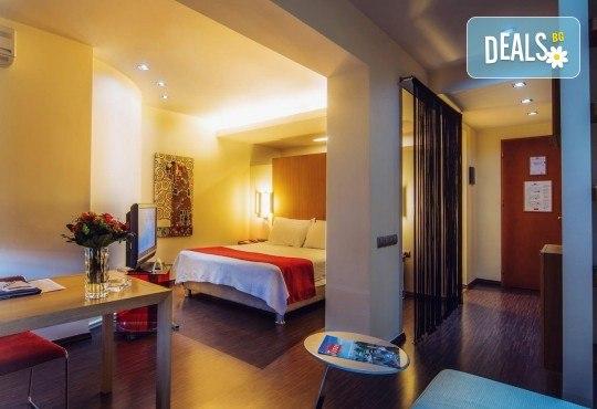 Отпразнувайте 8-ми март в хотел Capsis 4*, Солун! 1 нощувка със закуска, транспорт и екскурзовод - Снимка 8