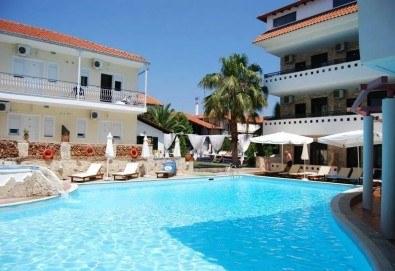 Великден в Гърция! 2 нощувки с 2 закуски, 1 вечеря и 1 Великденски обяд в хотел Philoxenia Spa Hotel, транспорт и обиколка на Солун! - Снимка