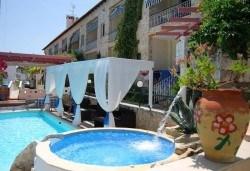 Септемврийски празници в Халкидики, Гърция! 2 нощувки със закуски и вечери в Philoxenia Spa Hotel 2*, транспорт и обиколка на Солун! - Снимка