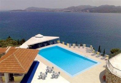 Почивка през лятото на остров Лефкада, Гърция! 5 нощувки със закуски в Hotel Sunrise 2*, транспорт и екскурзовод - Снимка