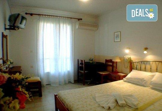 Почивка през лятото на остров Лефкада, Гърция! 5 нощувки със закуски в Hotel Sunrise 2*, транспорт и екскурзовод - Снимка 5