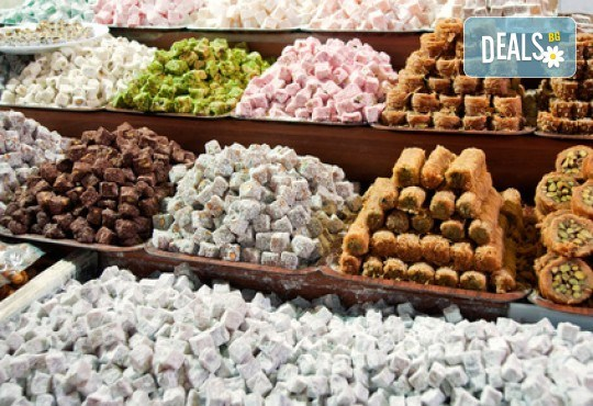 На фестивала на лалето в Истанбул през април! 2 нощувки със закуски, транспорт, екскурзовод и посещение на Одрин - Снимка 7