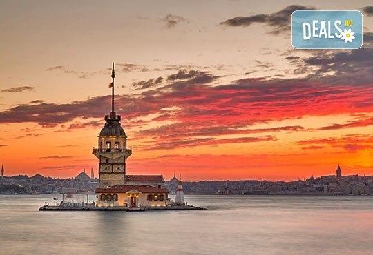 За 8-ми март в Истанбул, с Дениз Травел! 3 нощувки със закуски в хотел 2/3*, транспорт, водач, програма и Бонус за всички дами - посещение на МОЛ Форум Истанбул - Снимка 2