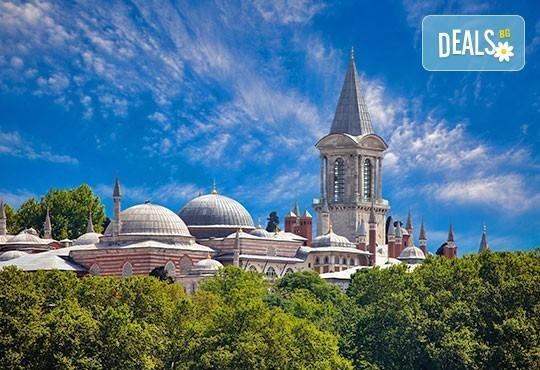 За 8-ми март в Истанбул, с Дениз Травел! 3 нощувки със закуски в хотел 2/3*, транспорт, водач, програма и Бонус за всички дами - посещение на МОЛ Форум Истанбул - Снимка 1