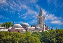 За 8-ми март в Истанбул, с Дениз Травел! 3 нощувки със закуски в хотел 2/3*, транспорт, водач, програма и Бонус за всички дами - посещение на МОЛ Форум Истанбул - Снимка