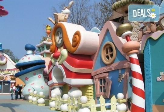 За Празника на детето в Гардаленд, Италия, с Дари Травел! 3 нощувки със закуски в хотели 2/ 3* в Любляна, Верона, Милано, комбиниран транспорт, водач, застраховка - Снимка 1