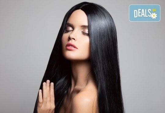 Погрижете се за косата си! Подстригване, масажно измиване, прав сешоар и кератинова преса, която подхранва косъма в дълбочина, от салон Madonna! - Снимка 2