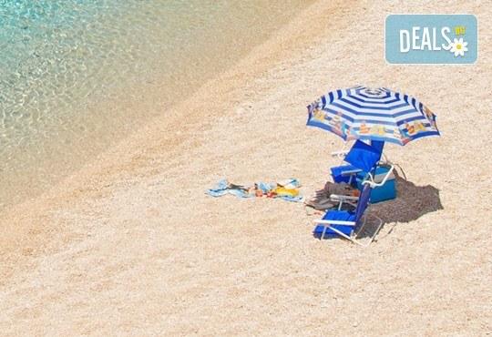 Великден на приказно красивия остров Лефкада! 3 нощувки със закуски в Avra Beach 3*, Нидри, транспорт и екскурзовод - Снимка 4