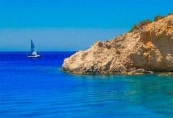 Великден на приказно красивия остров Лефкада! 3 нощувки със закуски в Avra Beach 3*, Нидри, транспорт и екскурзовод - Снимка