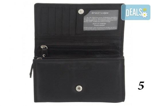 Дамско портмоне от естествена кожа с RFID защита за безконтактни кредитни карти на Friedrich - Снимка 12