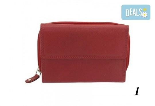 Дамско портмоне от естествена кожа с RFID защита за безконтактни кредитни карти на Friedrich - Снимка 3