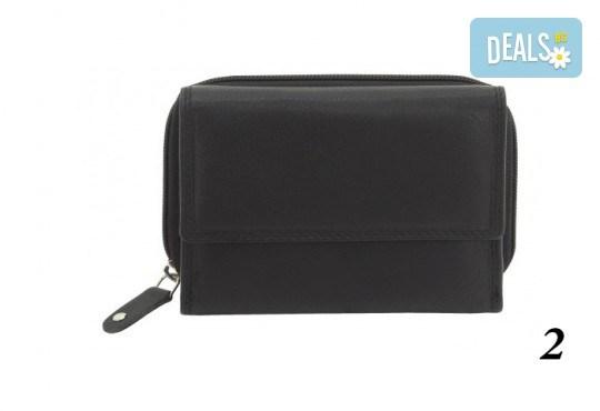 Дамско портмоне от естествена кожа с RFID защита за безконтактни кредитни карти на Friedrich - Снимка 4
