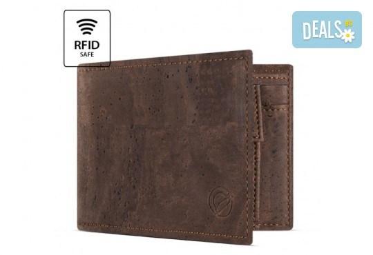 Луксозен мъжки RFID портфейл от естествен корк на CorkOr, Португалия, ръчна изработка! - Снимка 5