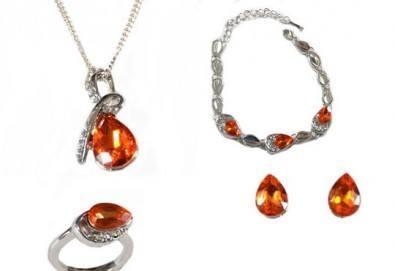 Лукс и стил! Комплект колие, гривна, пръстен и обеци с австрийски кристали от Present For You! - Снимка