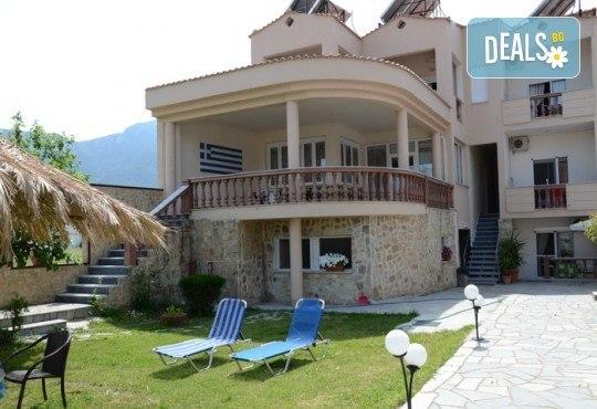 За Великден на остров Тасос, Гърция! 3 нощувки със закуски, вечери и празничен Великденски обяд в Ellas Hotel, транспорт и разходка в Кавала - Снимка 3