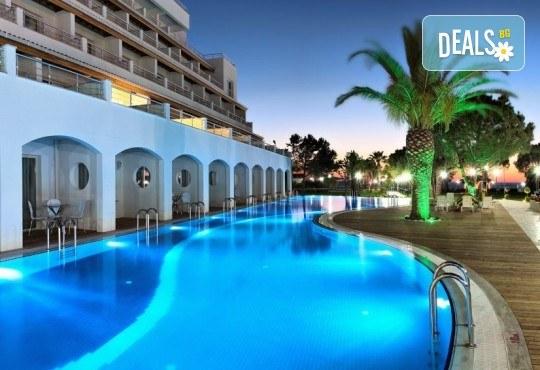 Майски празници в Batihan Beach Resort & Spa 4*+, Кушадасъ, Турция, с Вени Травел! 5 нощувки на база All Incl, възможност за транспорт - Снимка 5