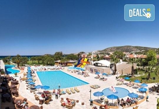 Майски празници в Batihan Beach Resort & Spa 4*+, Кушадасъ, Турция, с Вени Травел! 5 нощувки на база All Incl, възможност за транспорт - Снимка 3