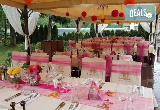 За Вашата сватба от Сватбена агенция Вю Арт! Цветя за сватбената маса и масите за гости + консултация със сватбен агент! - Снимка 12