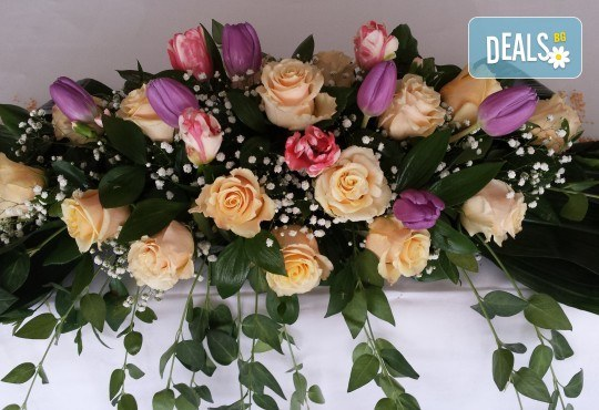 За Вашата сватба от Сватбена агенция Вю Арт! Цветя за сватбената маса и масите за гости + консултация със сватбен агент! - Снимка 1