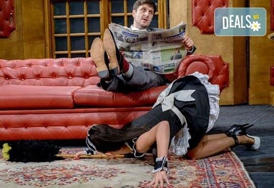 Асен Блатечки, Невена Бозукова - Неве, Милена Маркова - Маца - в 50-тото представление Опасно за живота, на 01.03. от 19ч, Театър Сълза и Смях - Снимка 5