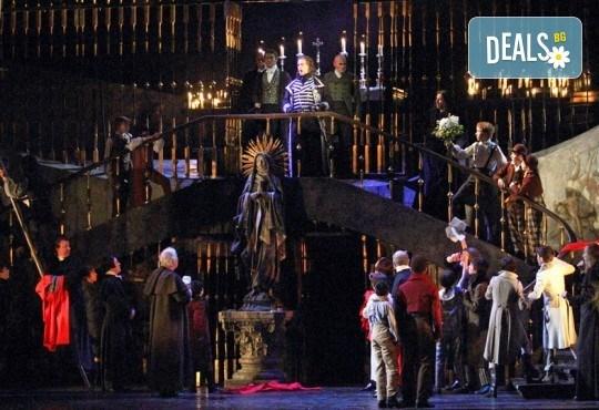Ексклузивно в Кино Арена! Драма, страст и великолепна музика - ТОСКА, на Кралската опера в Лондон, на 01, 04 и 05 Март , в страната - Снимка 4