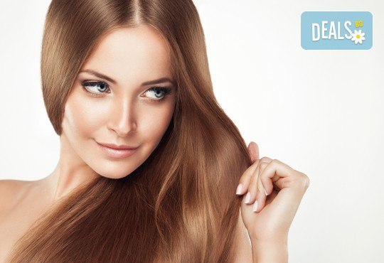 Забележителна коса! Подстригване + кератинова терапия и стилизиране на прическа със сешоар в Wave Studio-НДК - Снимка 1