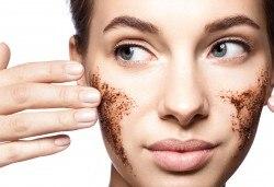Сияйна и чиста кожа! Мануално почистване на лице с пилинг и маска според нуждите на кожата в козметично студио Beauty! - Снимка