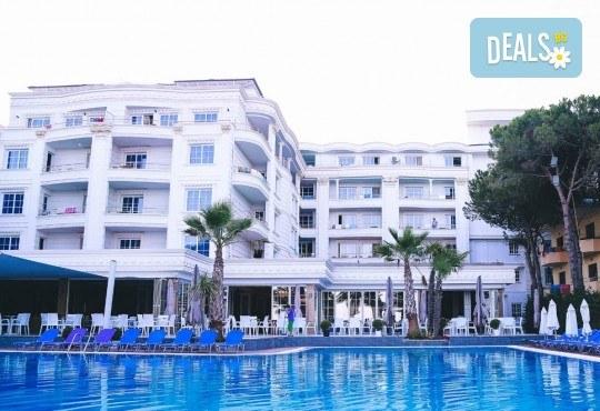 Екскурзия за 24-ти май в Албания! 3 нощувки с 3 закуски и 3 вечери в хотел Mel Holiday част от Fafa Resort 4*, транспорт и програма в Дуръс, Скопие и Охрид! - Снимка 3