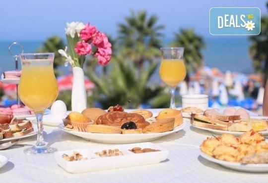 Екскурзия за 24-ти май в Албания! 3 нощувки с 3 закуски и 3 вечери в хотел Mel Holiday част от Fafa Resort 4*, транспорт и програма в Дуръс, Скопие и Охрид! - Снимка 7