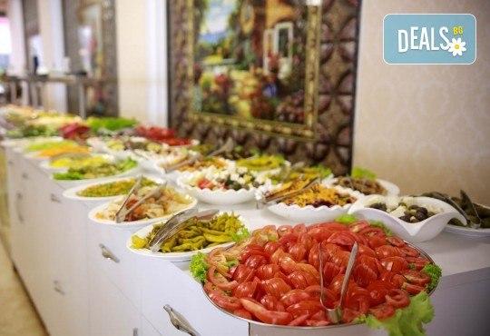Екскурзия за 24-ти май в Албания! 3 нощувки с 3 закуски и 3 вечери в хотел Mel Holiday част от Fafa Resort 4*, транспорт и програма в Дуръс, Скопие и Охрид! - Снимка 6
