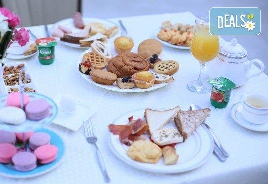 Екскурзия за 24-ти май в Албания! 3 нощувки с 3 закуски и 3 вечери в хотел Mel Holiday част от Fafa Resort 4*, транспорт и програма в Дуръс, Скопие и Охрид! - Снимка 8
