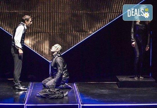 Калин Врачански в брилянтната постановка на Стайко Мурджев - Франкенщайн на 27.02. от 19 ч. в Театър София, 1 билет - Снимка 9