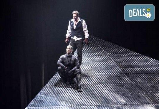 Калин Врачански в брилянтната постановка на Стайко Мурджев - Франкенщайн на 27.02. от 19 ч. в Театър София, 1 билет - Снимка 5