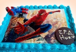 За рожден ден! Детска торта 16 парчета със снимка на любим герой, блат от мъфини, шоколадов крем и надпис пожелание от Muffin House! - Снимка