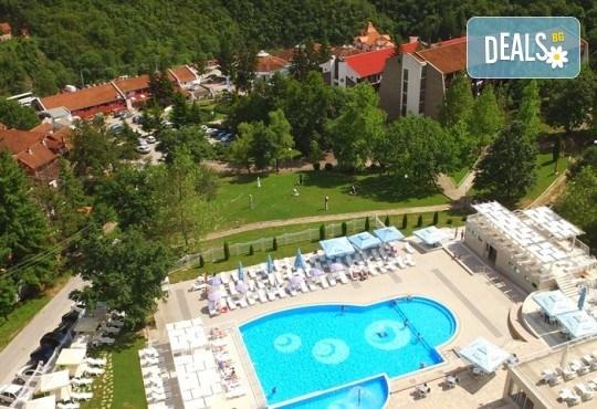Великден в SPA Hotel Radan 3* в Пролом баня, Сърбия! 3 нощувки със закуски, обяди и вечери, транспорт, ползване на СПА, посещение на Ниш и Дяволския град - Снимка 1