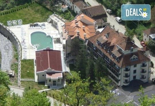 Великден в Hotel Kopaonik 3*, Луковска баня, Сърбия! 3 нощувки със закуски, обяди и вечери, транспорт и ползване на СПА - Снимка 2
