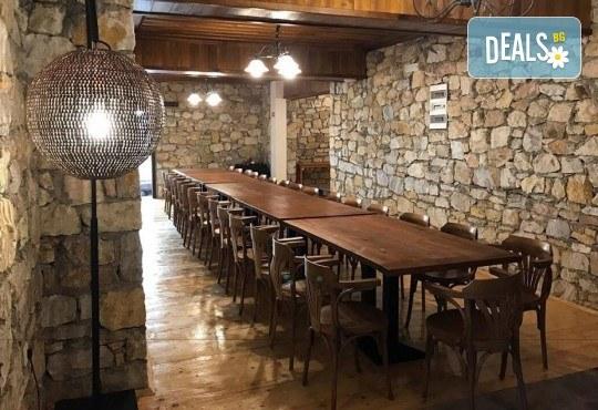 Великден в Етно комплекс Македонско село с Караджъ Турс! 2 нощувки, със закуски и вечери, едната от които празнична с жива музика и напитки, транспорт - Снимка 10