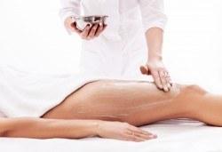 Антицелулитен масаж с детоксикиращи продукти на зона по избор или лимфен дренаж във фризьоро-козметичен салон Вили в кв. Белите брези - Снимка