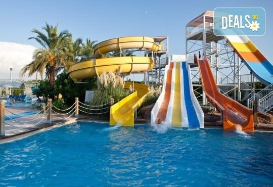Почивка на Турската ривиера за Майските празници! 7 нощувки на база Ultra All Inclusive в Crystal Admiral Resort Suites & Spa 5*, Сиде, и 2 нощувки със закуски в Истанбул и Бурса, транспорт - Снимка 9