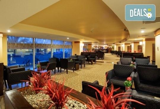 Почивка на Турската ривиера за Майските празници! 7 нощувки на база Ultra All Inclusive в Crystal Admiral Resort Suites & Spa 5*, Сиде, и 2 нощувки със закуски в Истанбул и Бурса, транспорт - Снимка 6