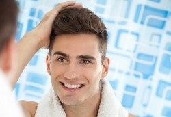 Мъжко боядисване с професионална безамонячна италианска боя и терапия за коса във фризьоро-козметичен салон Вили! - Снимка