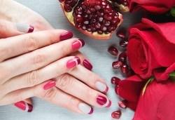 Ново поколение ноктопластика чрез Gum Gel - безвреден и естествен метод с отливка, във фризьоро-козметичен салон Вили! - Снимка