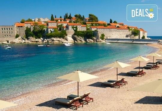 Слънчева почивка през юни в Будва, Черна гора, със Запрянов Травел! ! 7 нощувки със закуски и вечери, възможност за транспорт - Снимка 1